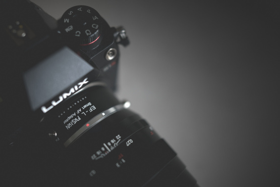 EF to L-Mount Adaptor by Fotodiox