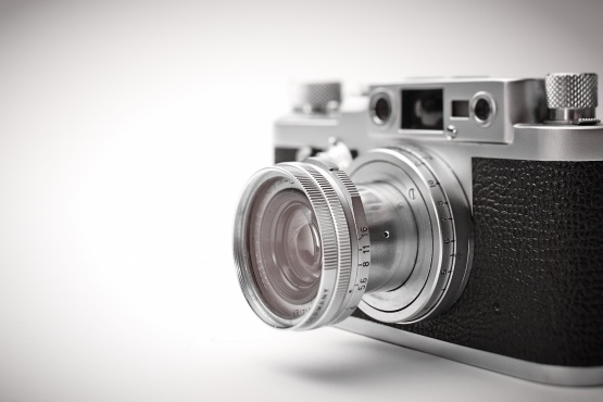 lovely bits of leica photo essay like it